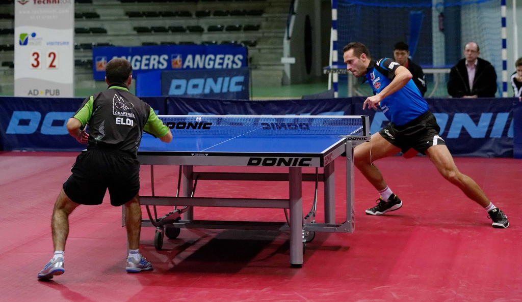 forehand-loop-in-ping-pong